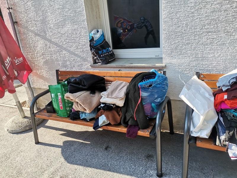 Zbrane stvari za Zavetišče za brezdomce